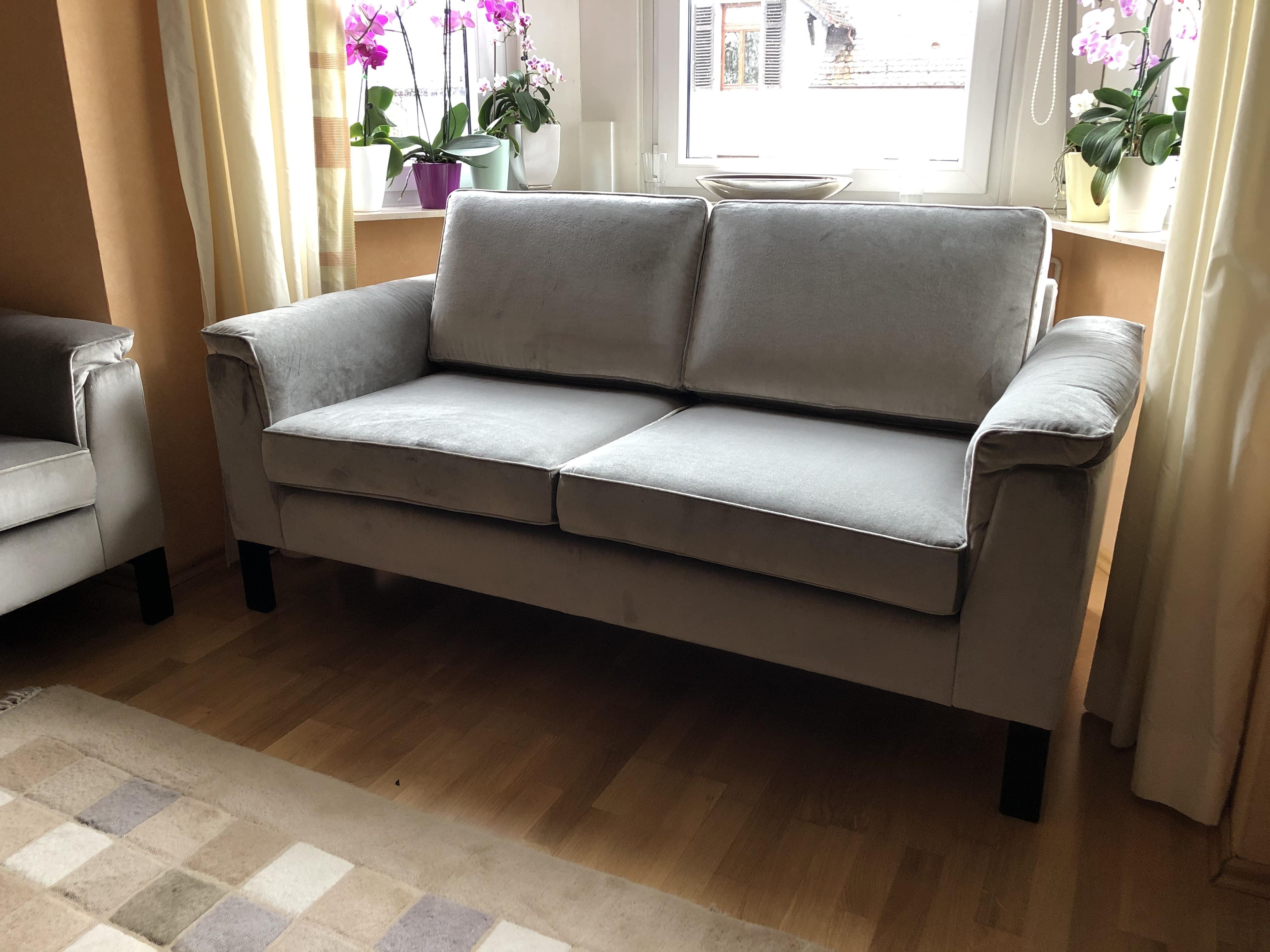 Sofa 2 Timeless Modern