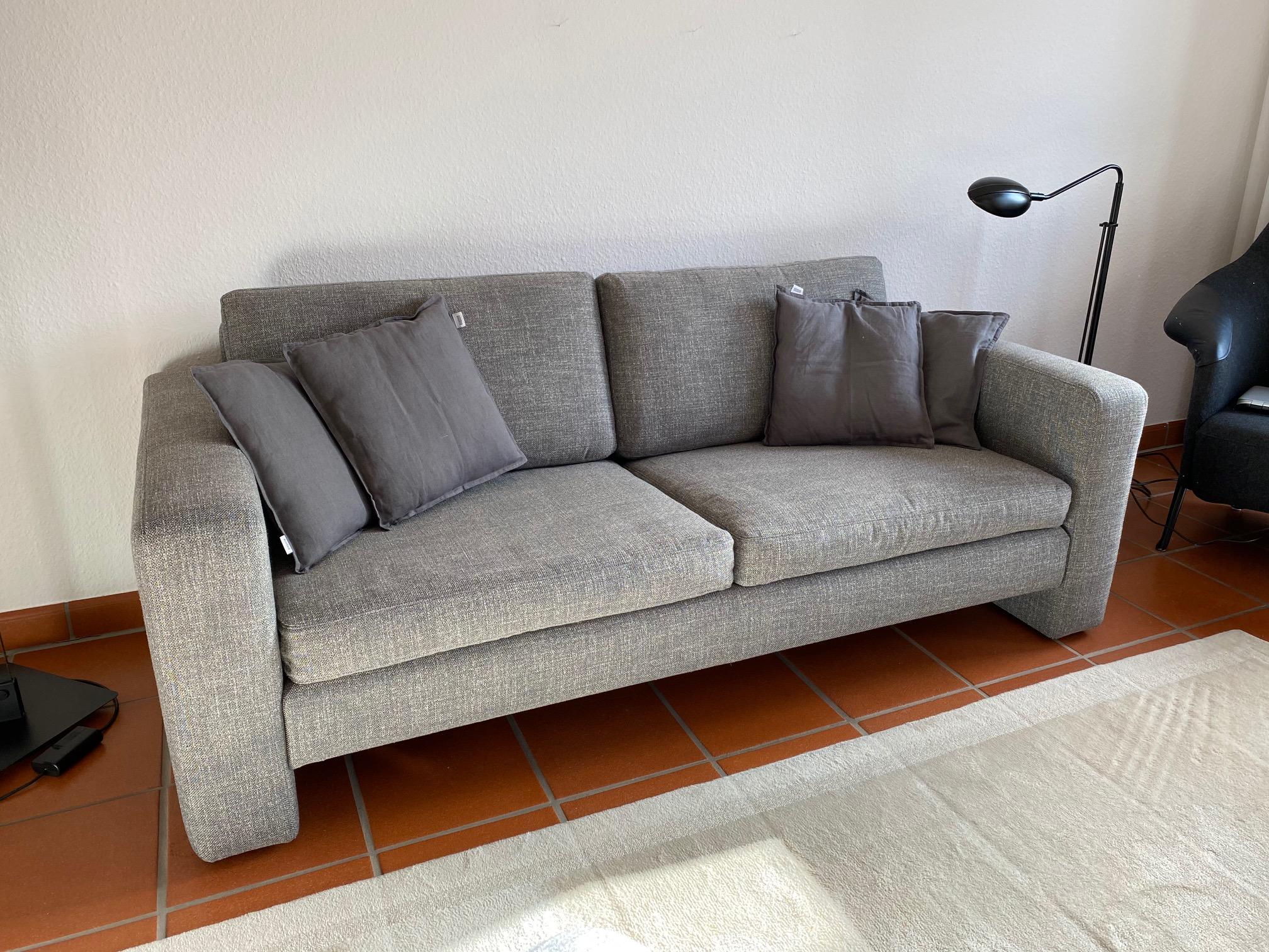 Sofa Conseta Cor (Aufarbeitung+Neubezug)